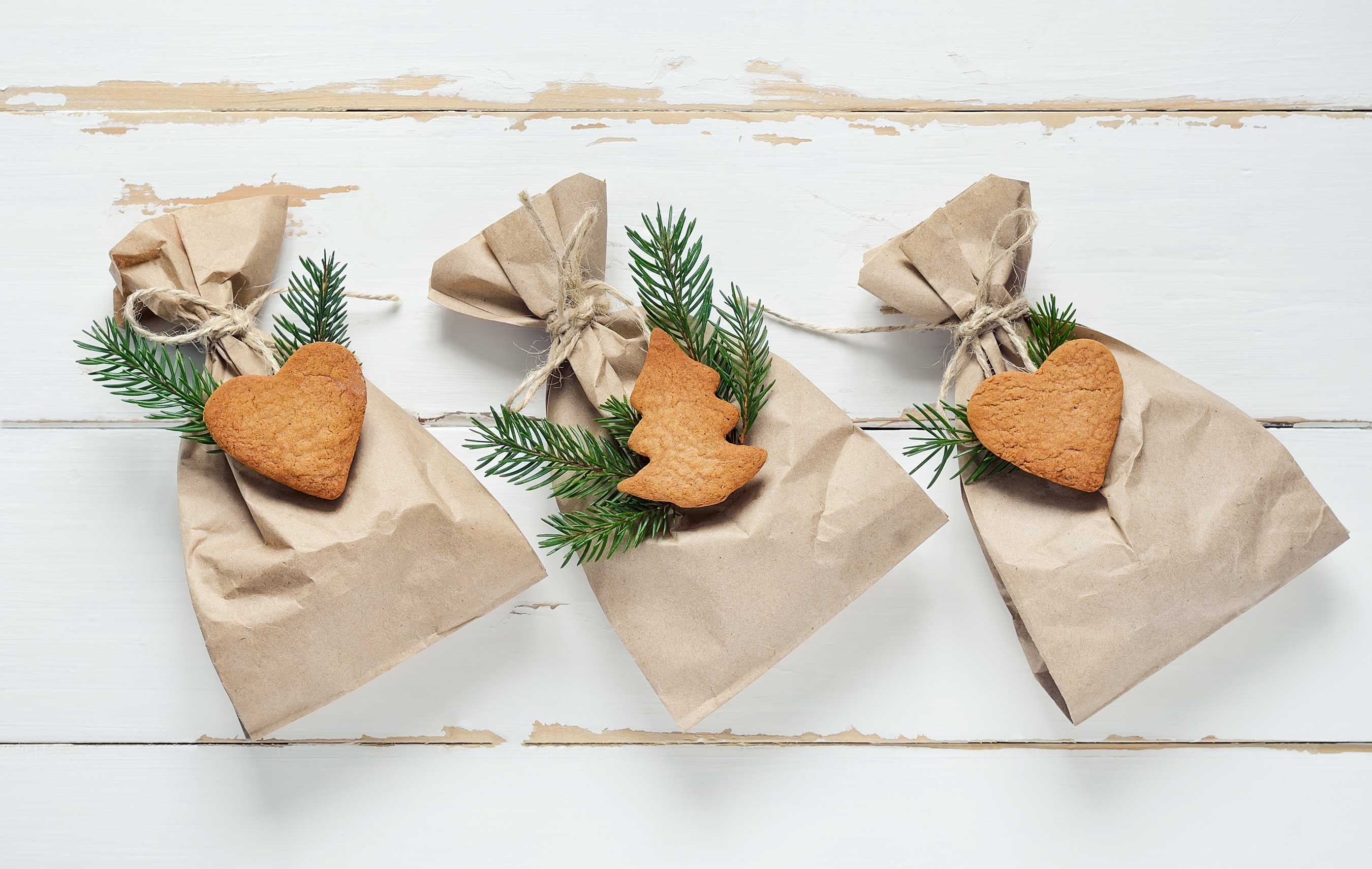Eco-Friendly Ways to Wrap Great Gifts with Greens Moving Solutions 1