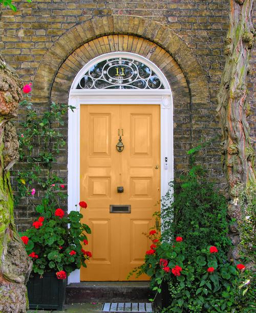 Fantastic Front Door Inspiration - #MoveWithGreens 6